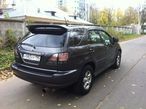 Toyota Harrier 2.2 i 16V (140 Hp) 4WD